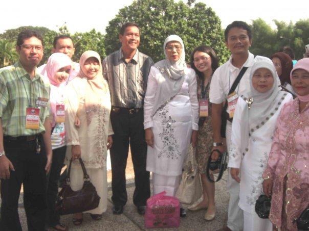 Bersama Ibunda2 Guru