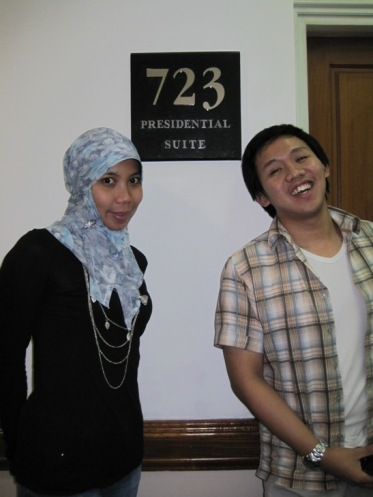 Dini & Vicky @ Vicky's Room - Hotel Plaza Surabaya