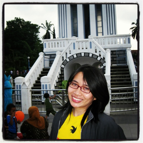 Background: Jam Gadang